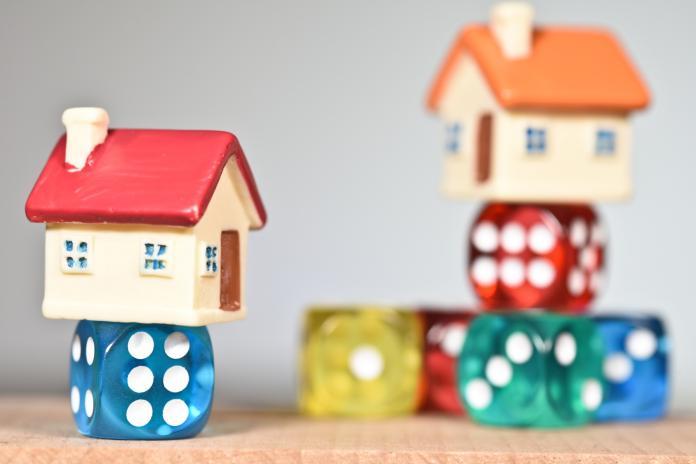 auxifina-acheter-nouvelle-maison-vendre-maison-actuelle-besoin-crédit-pont
