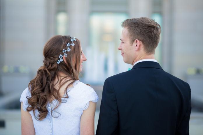 auxifina emprunter de l'argent pour le mariage petit prêt personnel le moins cher solution simple simulation en ligne