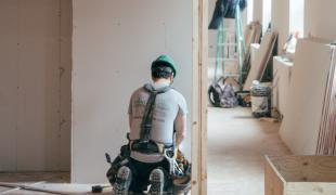 auxifina-efficiënt-lenen-voor-verbouwing-onafhankelijk-kredietbemiddelaar-hypothecaire-kredieten-brugge-gent-antwerpen-hasselt-brussel-moeskroen
