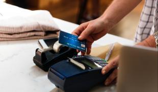 auxifina rembourser cartes de crédits mettre à zéro regroupement de crédits prêt personnel simulation